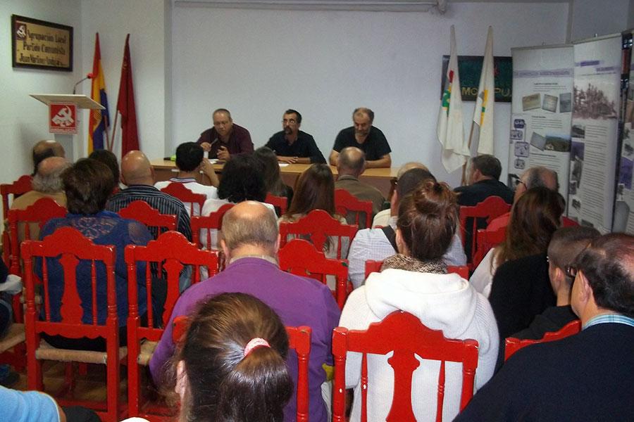 Proyección del documental en la sede del PCE