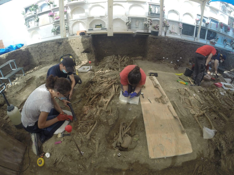 2020-08-05 exhumación (3)